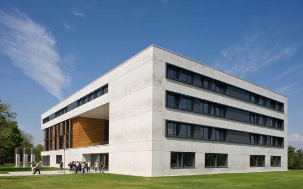 https://www.hrm-ur.de/wp-content/uploads/2019/09/Vielberthgebäude-600x375.jpg